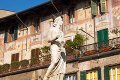 玛丹娜维罗纳300-1368 b C - 威尼托意大利 免版税库存照片