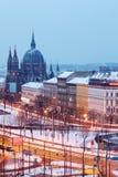 玛丽亚围困美丽的教会在欧洲广场的 免版税库存图片