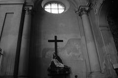 玛丽和耶稣雕塑 图库摄影