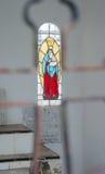 玛丽污迹玻璃窗  免版税库存图片