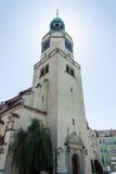 玛丽皇后的教会在波兹南, Kosciol Maryi Krolowej -塔 免版税库存图片