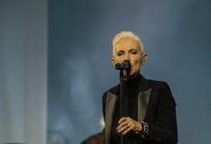 玛里弗雷德里克松(Roxette)唱歌-在哈巴罗夫斯克,俄罗斯住 免版税库存图片