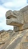 玛雅人石顶头雕塑 免版税库存图片