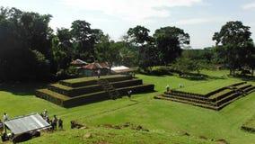 玛雅废墟Puerto恰帕斯州家庭巴拿马运河巡航 免版税库存图片