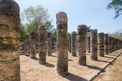 玛雅石柱子 免版税库存照片