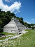 玛雅金字塔,帕伦克,墨西哥 免版税库存照片