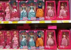 玩偶品种在超大商店的 库存图片