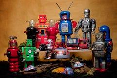 玩具会集02的罐子机器人 库存照片