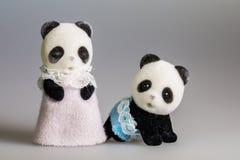 玩具妈妈和小熊猫 免版税库存图片