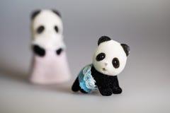 玩具妈妈和小熊猫 库存照片