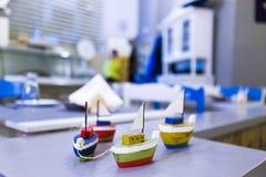 玩具小船 免版税库存照片