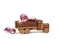 玩具木白萝卜卡车 库存照片