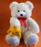 玩具熊和兔子 免版税图库摄影