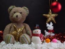 玩具熊,圣诞节装饰的构成 免版税图库摄影
