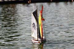 玩具风帆船 免版税图库摄影