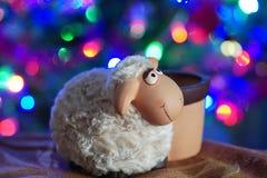 玩具绵羊 免版税库存图片