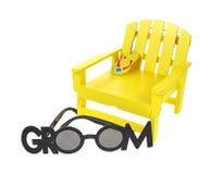 玩具Lawnchair和太阳镜 图库摄影