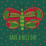 玩得高兴祝愿卡片 与明亮的五颜六色的装饰品的逗人喜爱的蝴蝶在动画片样式 库存照片
