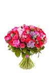 玫瑰和牡丹花束,被隔绝在白色背景 免版税图库摄影