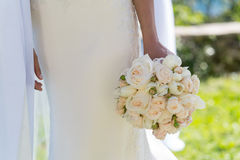 玫瑰和郁金香新娘花束  库存图片