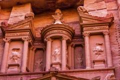 玫瑰红的财宝下午Siq Petra约旦 库存图片