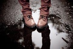 玫瑰色鞋子 免版税库存照片