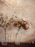 玫瑰花花束,静物画。 库存照片