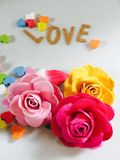 玫瑰裱糊与心脏 免版税库存照片