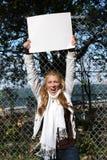 环境保护者女孩年轻人 免版税库存图片