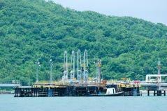 环境本质油港 库存图片
