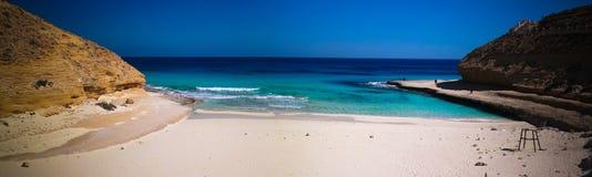 环境美化与沙子Ageeba海滩,马特鲁港,埃及 免版税库存照片