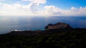 环境美化对Capelinhos火山破火山口, Faial,亚速尔群岛,葡萄牙 库存照片