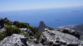 环境美化,海洋的看法从山的 免版税库存照片
