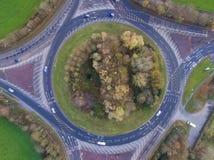 环形交通枢纽的空中图象 图库摄影