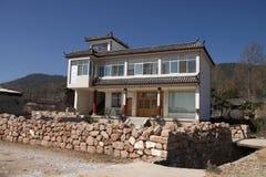 现代中国人外部的房子 免版税库存图片