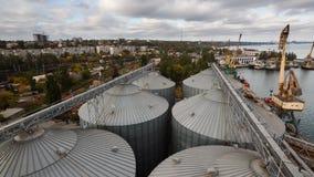 现代五谷终端timelapse 电梯金属坦克  五谷干燥复合体建筑 商业五谷或种子 股票录像