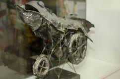 现代伪造的小雕象 免版税库存照片