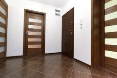 现代公寓的大厅 免版税库存图片