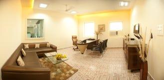 现代办公室的内部 图库摄影