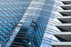 现代办公楼建筑学模板 免版税图库摄影