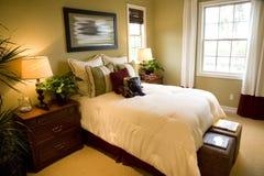 现代卧室的豪华 库存照片
