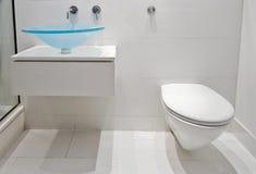 现代卫生间的豪华 免版税库存图片