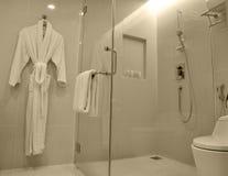 现代卫生间的豪华 图库摄影
