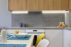 现代厨房室内设计细节  库存图片