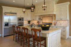 现代厨房的豪华 图库摄影
