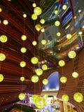 现代大厦的灯笼 库存照片