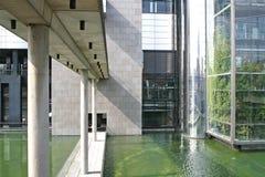 现代大厦的详细资料 免版税图库摄影