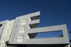 现代大厦的门面 免版税图库摄影