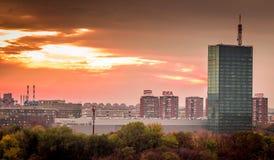 现代大厦看法在新的贝尔格莱德,塞尔维亚 库存照片