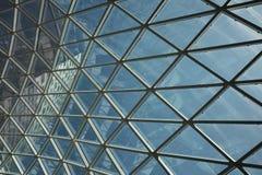 现代天花板几何商业中心 免版税图库摄影